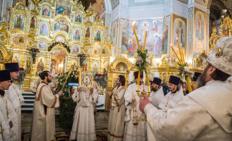 Богослужение в Рождественскую ночь