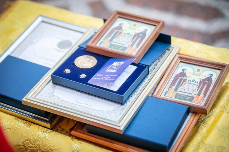 Митр. Викторин совершил литургию в день памяти Петра и Февронии Муромских